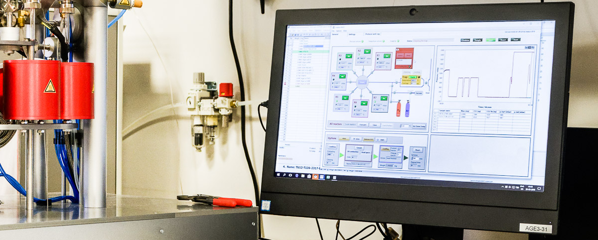 Konsola spektrometru