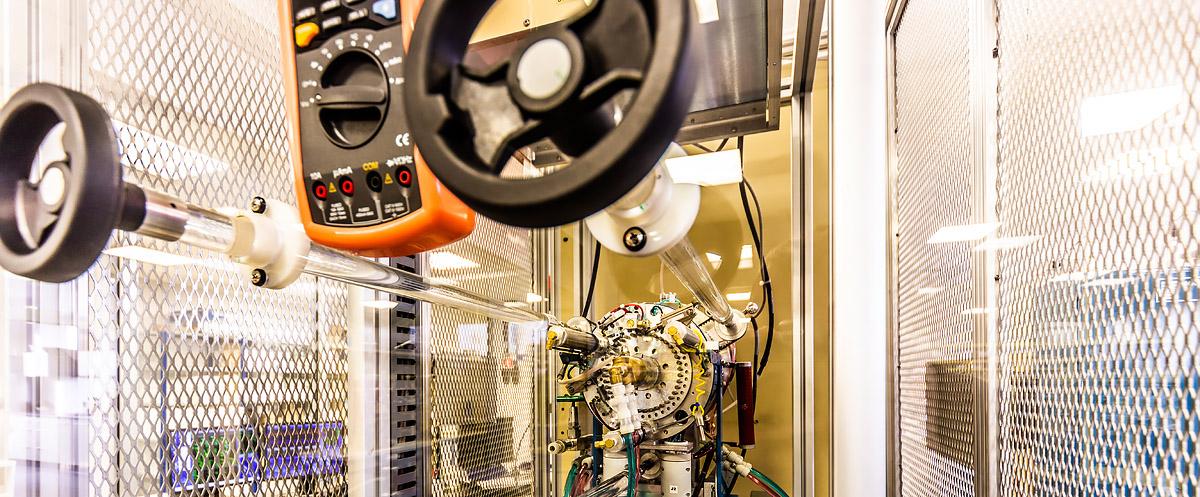 AMS spectrometer(Compact Carbon AMS ser. no. 003)